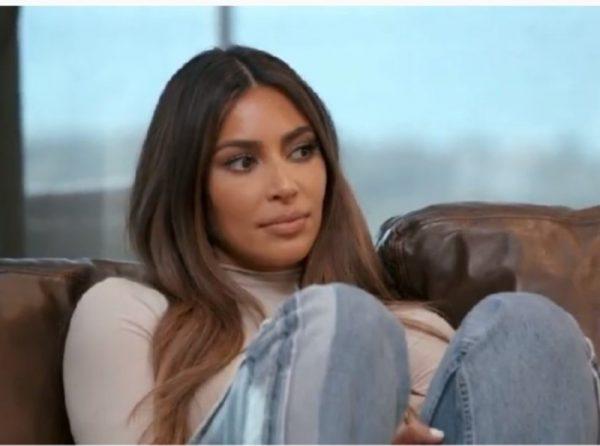"""""""Чувствует себя идиоткой"""": Пока Ким признавалась экс-мужу в любви, он отдыхал с Шейк во Франции"""