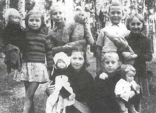 Юрий Богатырёв в детстве