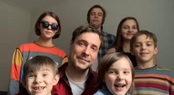 Евгений Цыганов с детьми от Ирины Леоновой