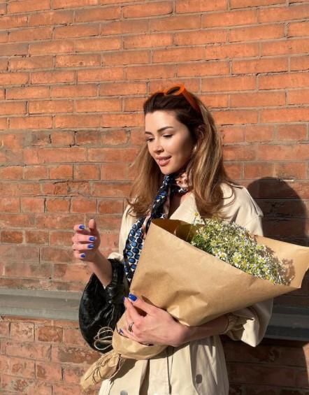 """""""Выходит замуж?"""" - в Сети появилось фото Заворотнюк в свадебном платье"""