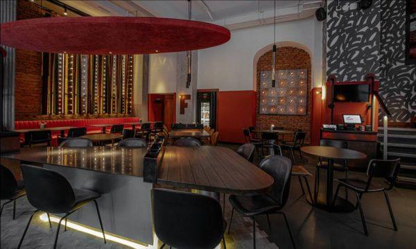 Интерьер ресторана Frank by Basta. Фото frankmeat.ru