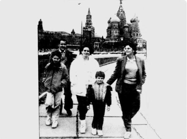 Локшины. Первая прогулка по Москве Фото: из открытых источников