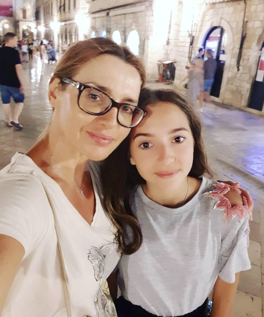 Оксана Марченко с дочерью Дарьей. Фото УНИАН