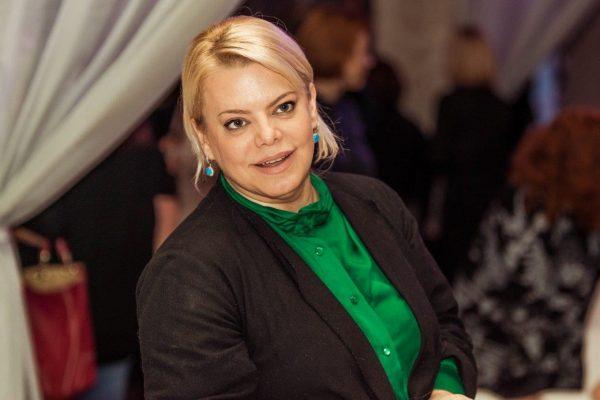 Яна Поплавкая