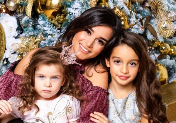 Ксения Бородина с дочками