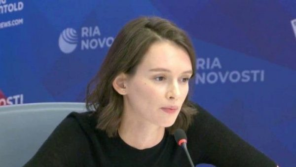 Грустная Паулина Андреева