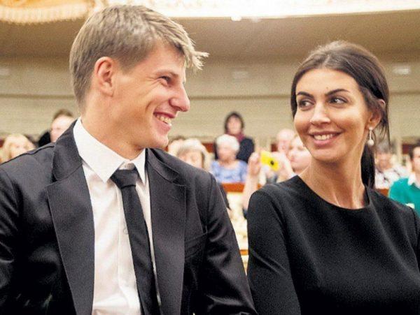 Алиса Казьмина и Андрей Аршавин, фото:paparazzi.ru