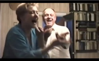 Кадры из семейного видео Алентовой и Меньшова, фото:7days