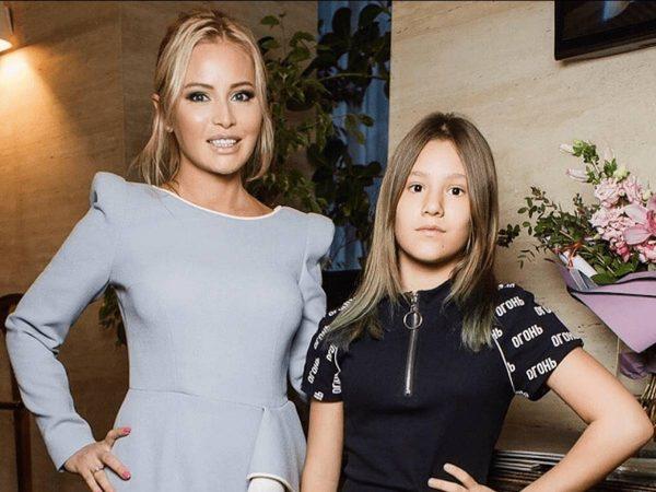 Дана Борисова с дочкой, фото:prostolike.net
