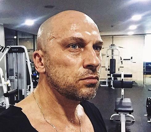 Дмитрий Нагиев в спортзале