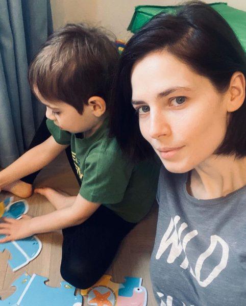 Юлия Снигриь с сыном, фото:123ru.net