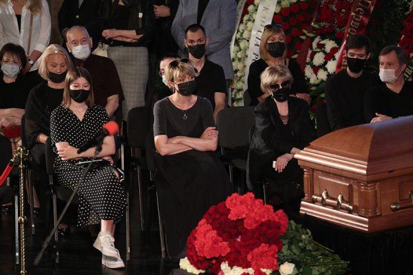 Прощание с Владимиром Меньшовым. фото:rbc.ru