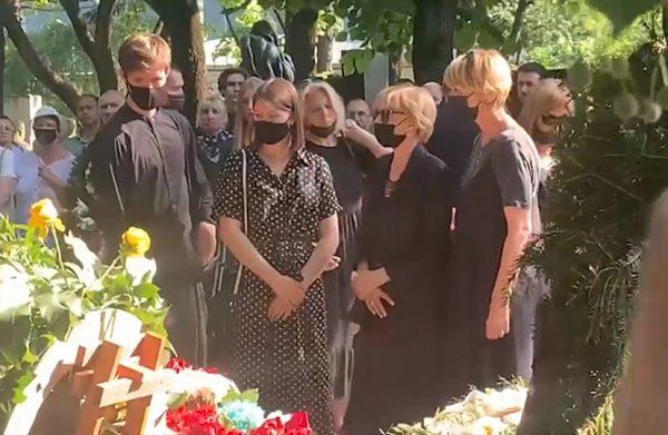 Прощание с Владимиром Меньшовим, фото:mk.ru