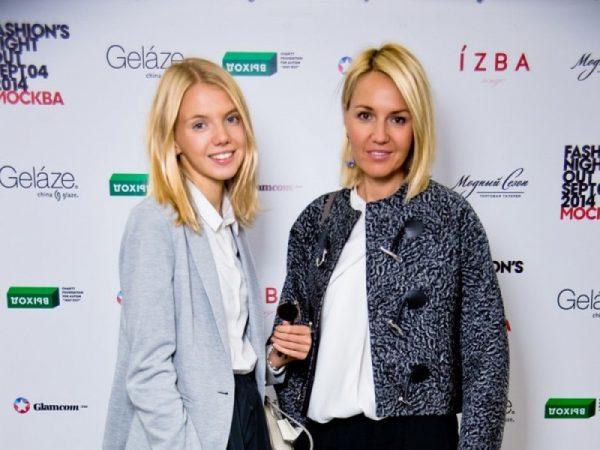Юлия Бордовских с дочерью, фото:crossroadsoflife.ru