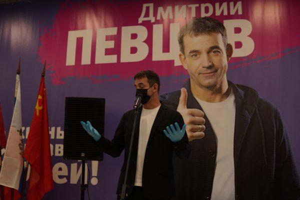 Дмитрий Певцов. Фото news.ru