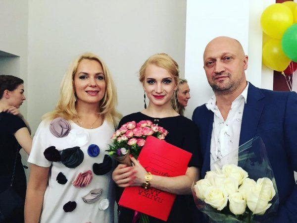 Мария Порошина и Гоша Куценко с детьми, фото:iznat.com