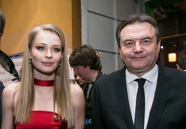 Юлия Пересильд и Алексей Учитель, фото:Яндекс.Дзен