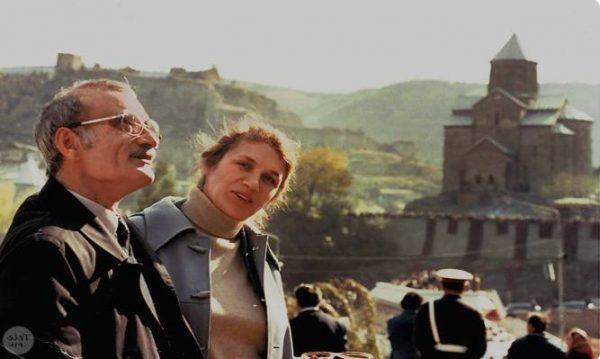 Георгий Данелия со второй женой Галиной Юрковой. Фото из открытого доступа