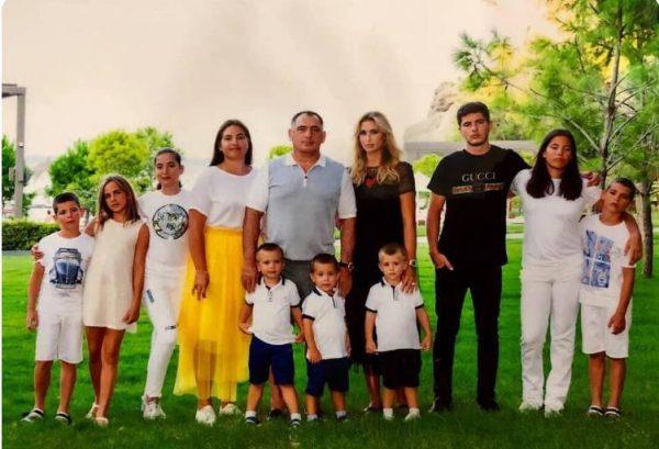 Семья Хадарцевых. Фото boom.ms