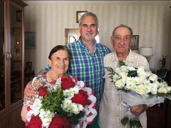 Валерий с мамой и папой Нелли и Шота Меладзе