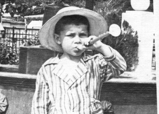 Олег Газманов в детстве. Фото uzn
