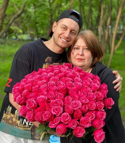 Давид Манукян, Анна Манукян,