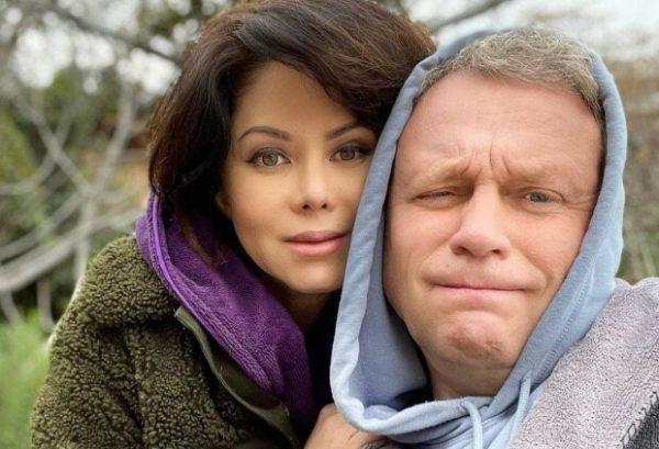 Сергей Жигунов с женой. Фото clutch.net