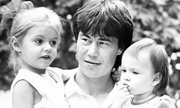 Марат Кабаев с дочками