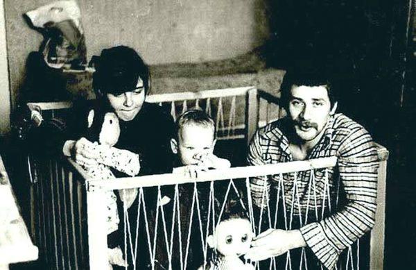Андрей Краско с женой и сыном