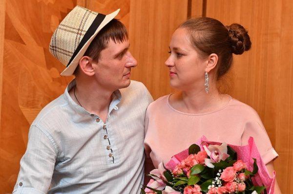 Племянник Пугачёвой с женой