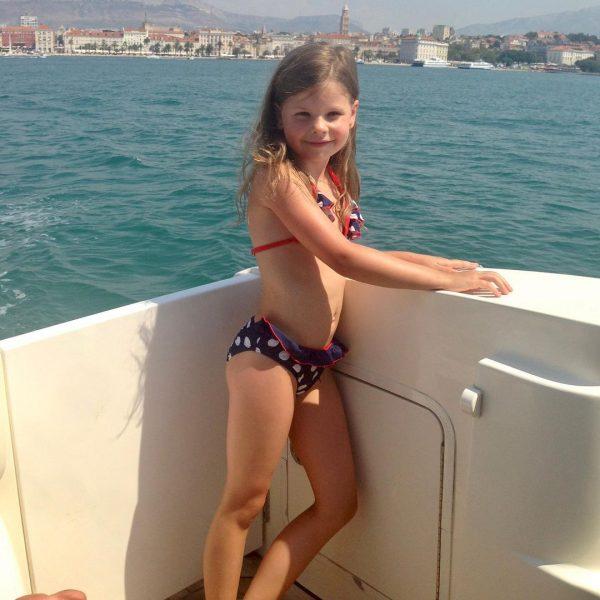 Маша Табакова в детстве. Фото Инстаграм
