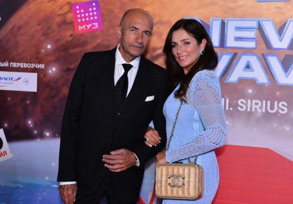 Игорь Крутой с женой. фото:instagram.com/newwave_official/