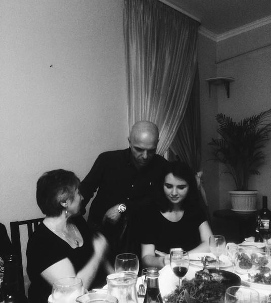 Александр Шоуа с дочерью Майей,