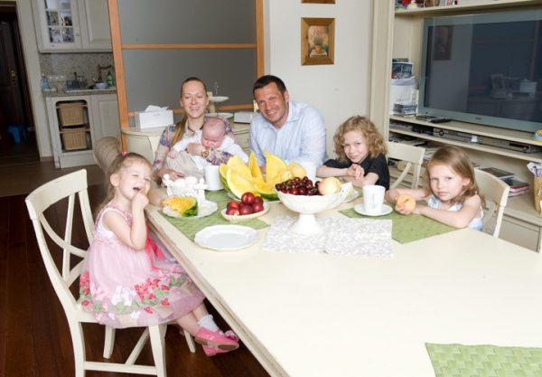 Семья Владимира Соловьёва, фото:wday.ru