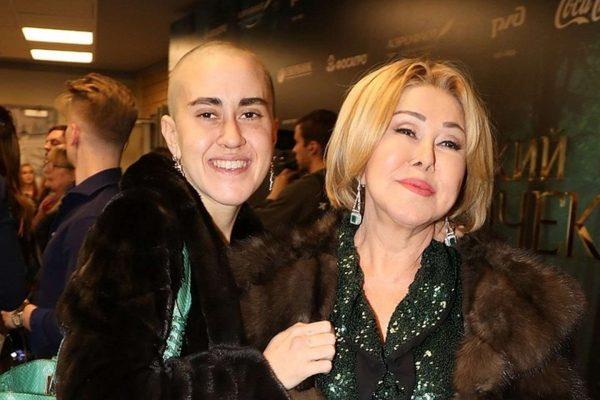 Любовь Успенская и Татьяна Плаксина, фото:kleo.ru
