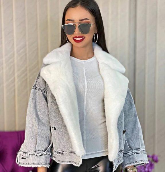 Самые модные женские джинсовые куртки на осень-зиму 2021-2022 года: последние тенденции и тренды. Фото стильных образов