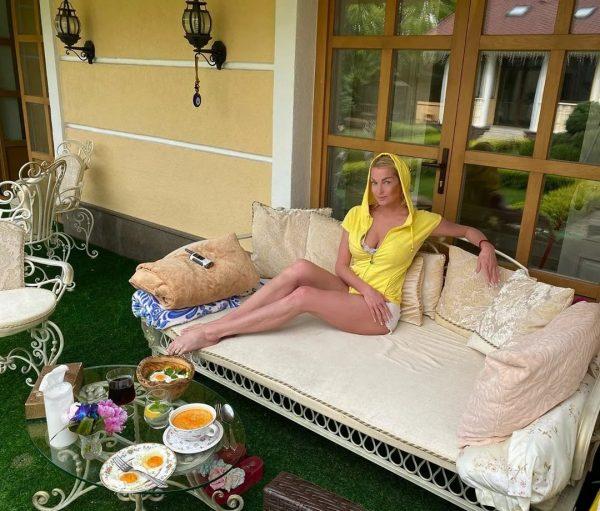 Анастасия Волочкова, фото:tvcenter.ru