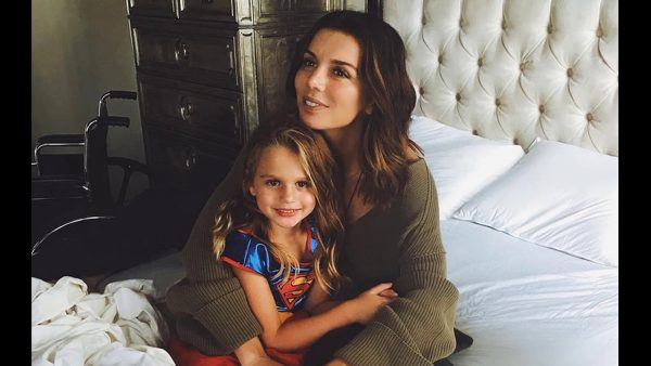 Анна Седокова с дочерью Моникой, фото:kostinews.ru