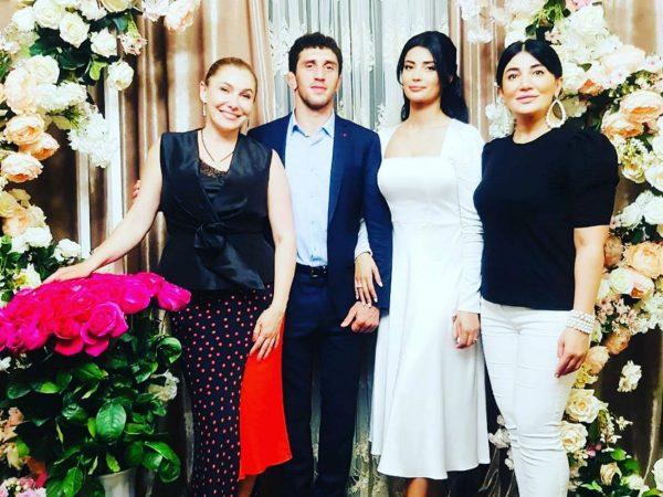 Заурбек Сидаков, жених той самой красавицы Мадины, вышел в финал