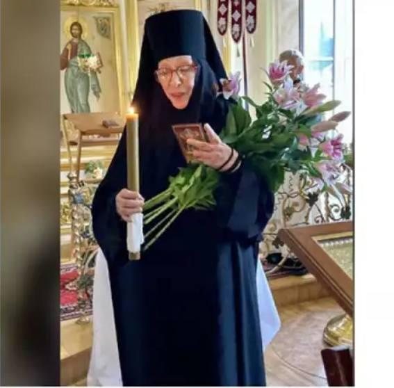 Екатерина Васильева в монашеской одежде. Фото kommersant.ru