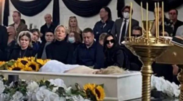 Похороны Легкоступовой. Фото
