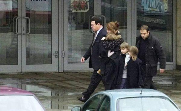 Кобзон четыре раза ходил в «Норд-Ост» на переговоры с террористами и выводил людей. Фото: ТАСС