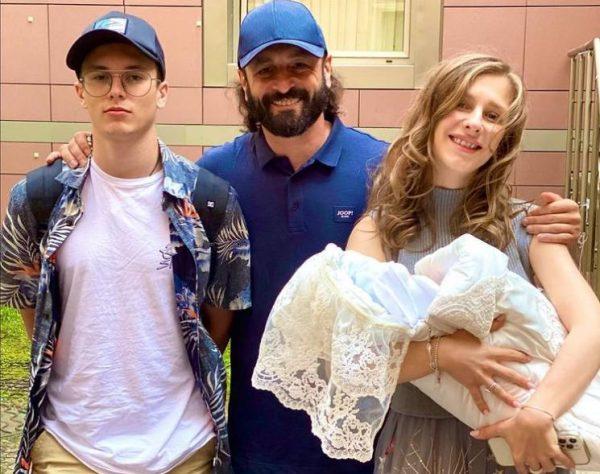 Илья Авербух с женой и детьми. Фото Инстаграм