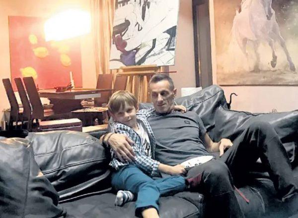 Иван матвиенко и сын Ваенги Ваня. Фото woman.ru