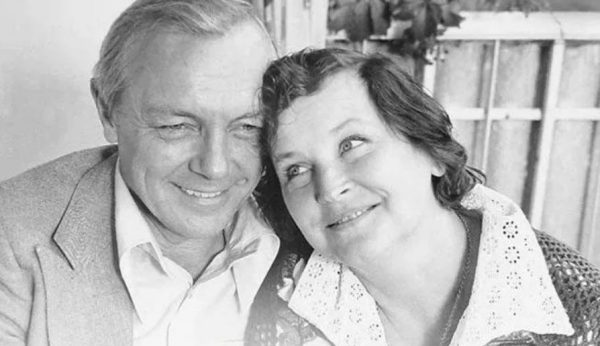 Кирилл Лавров с женой. Фото Вокруг ТВ