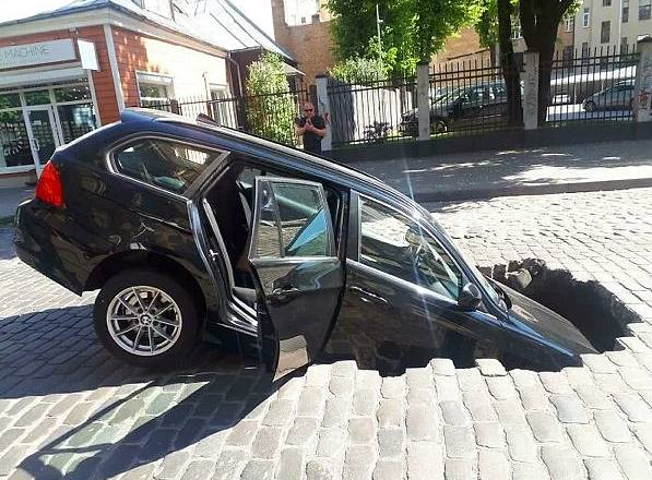 37 неожиданных происшествий с автомобилями, которые не могли произойти в принципе, но таки случились