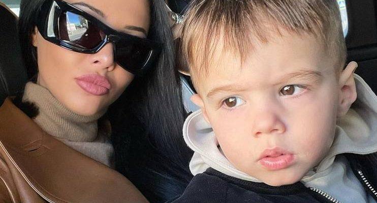 Анастасия Решетова с сыном. Фото Инстаграм