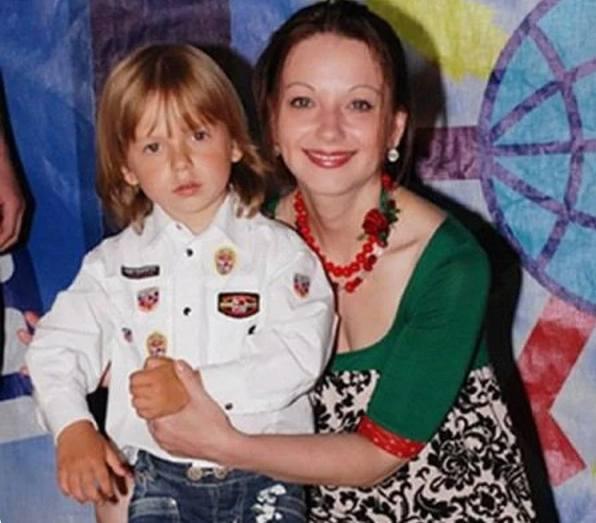Ольга Будина и Наум Наумов в 4 года. Фото Инстаграм
