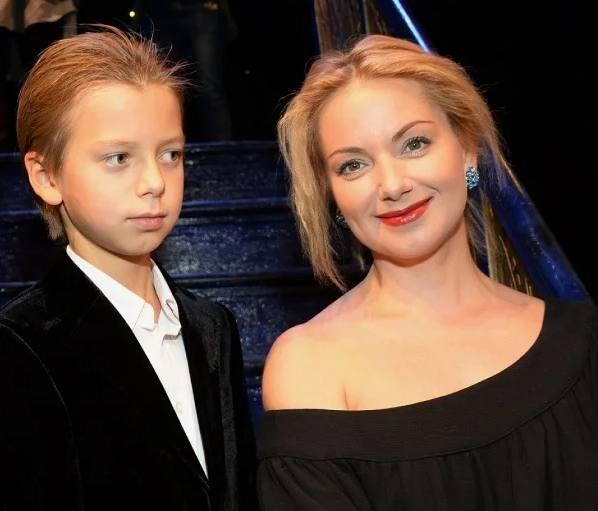 Ольга Будина и Наум Наумов в13 лет. Фото Инстаграм