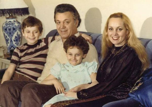 Семья Иосифа Кобзона. Фото ria.ru